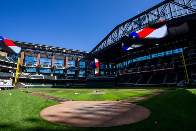 SHAW SPORTS TURF TAKES CENTER STAGE AT MAJOR LEAGUE BASEBALL 2020 WORLD SERIES Image