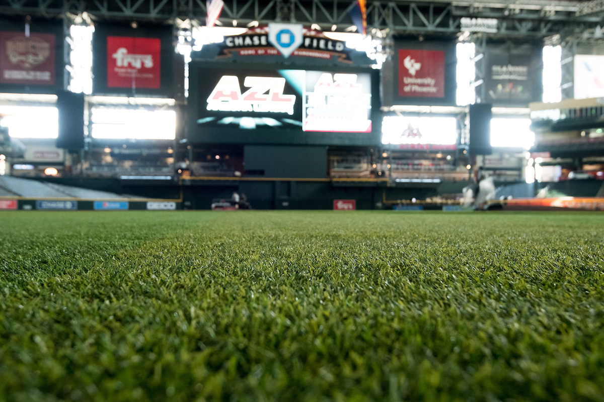 SHAW SPORTS TURF BASEBALL SYSTEMS ARE PREFERRED BY THE PROS Image
